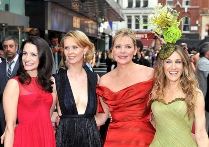 SJP and the gals.